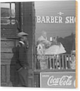 Chicago Barber Shop, 1941 Wood Print