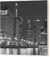 Chicago River At Night Black And White Wood Print
