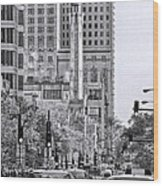 Chicago Water Tower Beacon Black And White Wood Print