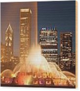 Chicago's Buckingham Fountain Wood Print