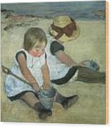 Children At The Seashore Wood Print by Mary Cassatt