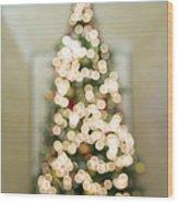 Christmas Tree Defocused With Bokeh Lights Wood Print