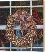 Christmas Wreath Wood Print by Darren Fisher