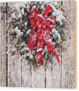 Christmas Wreath On Barn Door Wood Print