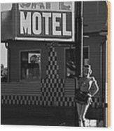 Classic 50s Motel Cafe Wood Print