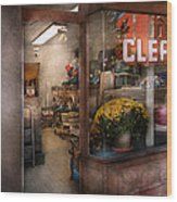 Cleaner - Ny - Chelsea - The Cleaners Wood Print
