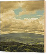 Cloudy Day In New Hampshire Wood Print