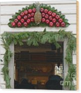 Colonial Williamsburg Yuletide Decorations Wood Print