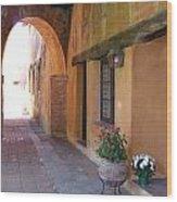 Corner Arch, Mission San Juan Capistrano, California Wood Print