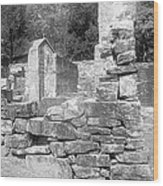 Cosley Mill Ruins In Black And White Wood Print