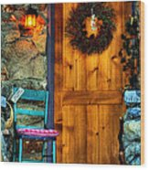 Country Cottage Door At Christmas Wood Print
