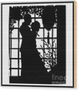 Couple In Love Silhouette Wood Print
