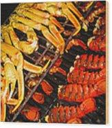 Crab Vs. Lobster Wood Print