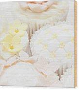 Criss-cross Cupcake Wood Print