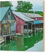 Crooked River Marina Wood Print