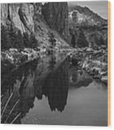 Crooked River Reflection Bw Wood Print