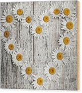 Daisy Heart On Old Wood Wood Print