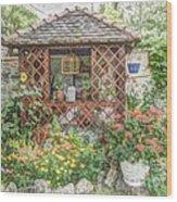 Dans Le Jardin Wood Print