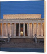 Dawn At Lincoln Memorial Wood Print