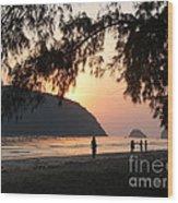 Dawn By The Sea 06 Wood Print