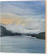 Dawn Fog On Klamath River Wood Print