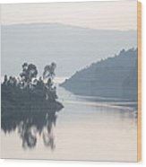 Dawn On Lake Victoria Wood Print