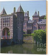 De Haar Castle And Moat Wood Print