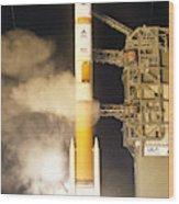 Delta Iv Rocket Taking Off Wood Print