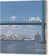 Detroit River Crossing Wood Print
