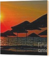 Digital Painting Of Beach Umbrellas At Sunset Wood Print