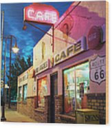 Diner Along Route 66 At Dusk Wood Print