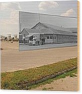 Dining Hall At Sakonnet Point In Little Compton Ri Wood Print
