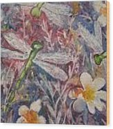 Dragonflies And Daisies Wood Print