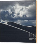 Drama Of The White Sands Wood Print