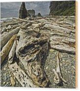 Driftwood And Sea Stacks On Ruby Beach Wood Print