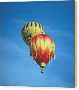 Dualing Ballons Wood Print