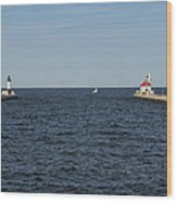 Duluth N And S Pier Lighthouses 5 Wood Print