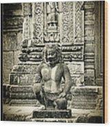 Dvarapala At Banteay Srey Wood Print