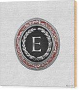 E - Silver Vintage Monogram On White Leather Wood Print