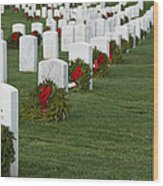 Eagle Point National Cemetery At Christmas Wood Print