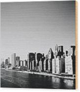 East River New York Wood Print