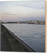 East River Vista 1 - Nyc Wood Print