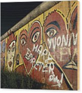 Berlin Wall Hearts Wood Print