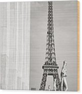 Eiffel Tour Paris Black And White Wood Print