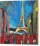 Eiffel Tower And The Red Visitors Wood Print