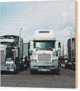 Eighteen Wheeler Vehicles On The Road Wood Print