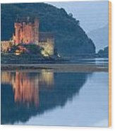 Eilean Donan Castle Dusk Wood Print
