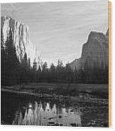 El Capitan 2 Wood Print by Thomas Leon