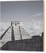 El Castillo Wood Print by Richie Stewart
