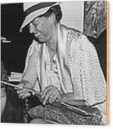 Eleanor Roosevelt Knitting Wood Print by Underwood Archives